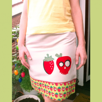 Strawberry skirt, Comfy Cotton Sateen